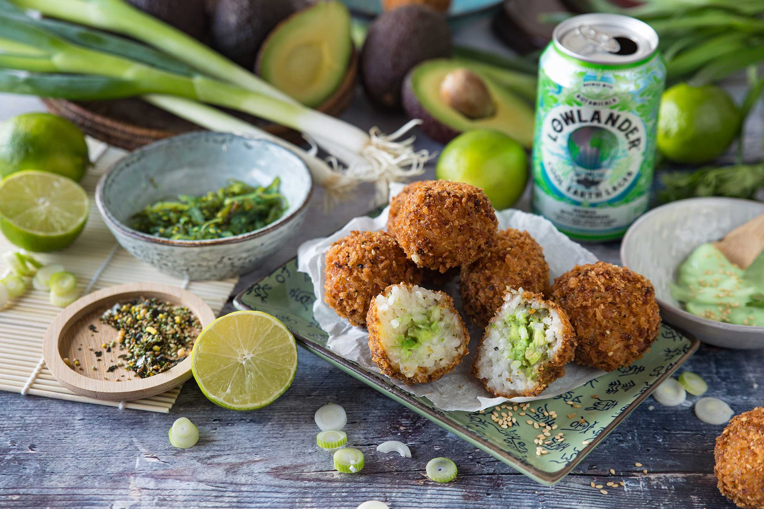 Lowlander Botanical Beers_Recipe_Foodpairing_Cool Earth Lager_ Crispy Rice Bites_landscape