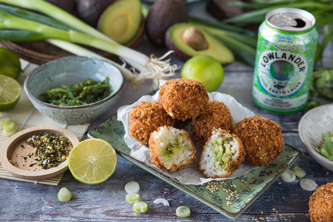 Lowlander Botanical Beers_Recipe_Foodpairing_Cool Earth Lager_Crispy Rice Bites_landscape