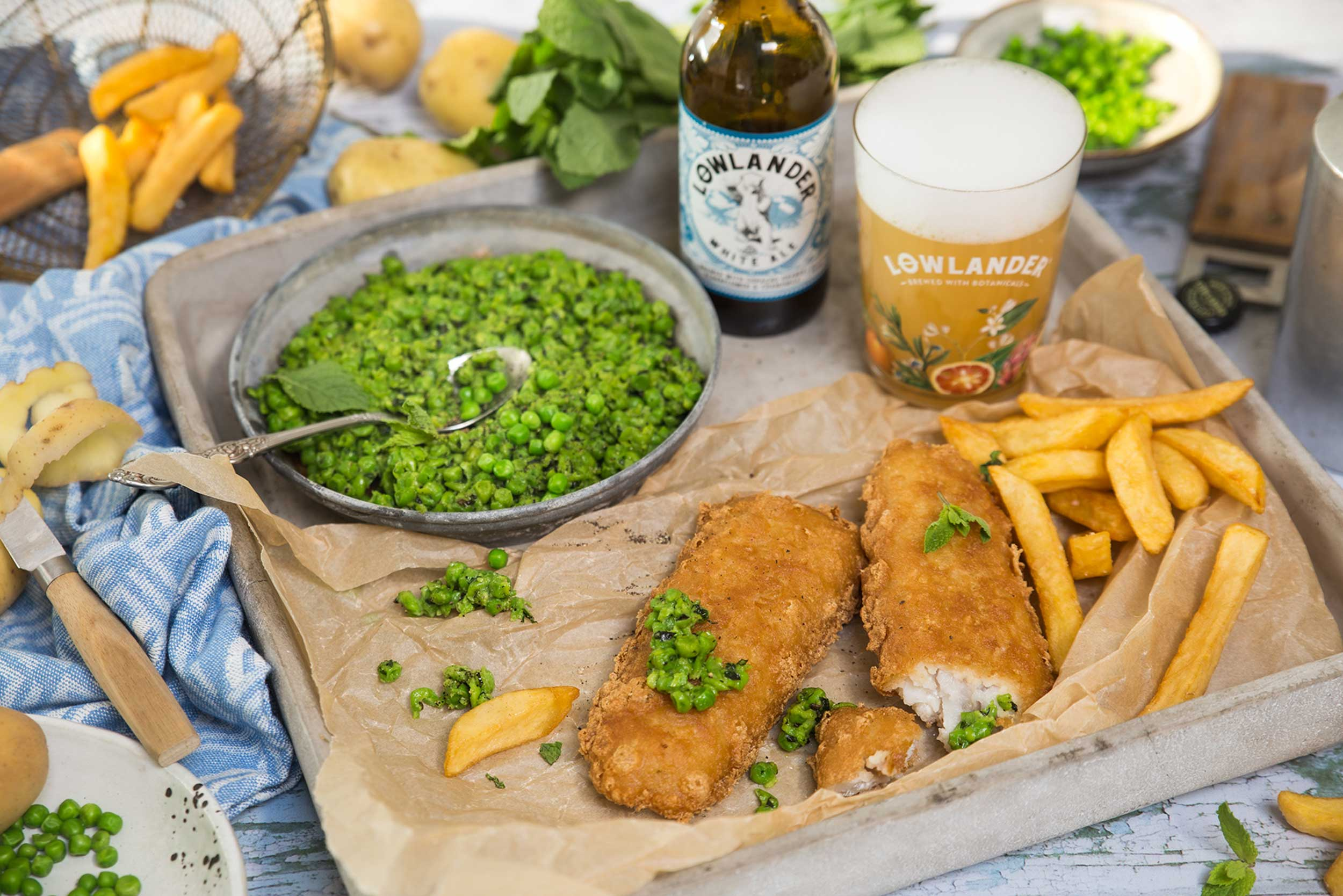 Lowlander Botanical Beers_Recipe_Foodpairing_White Ale_ Mushed Peas and Fish_landscape